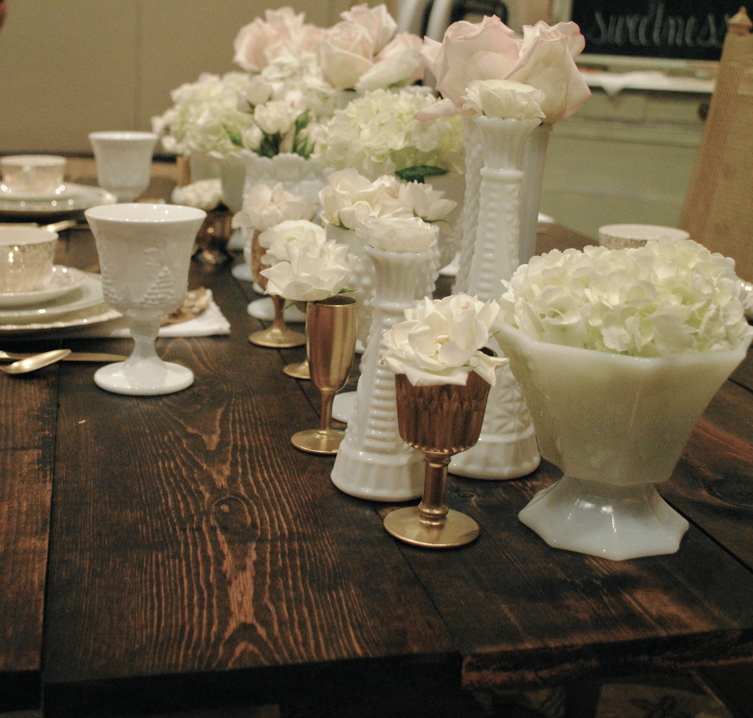 2plushuedesigns Vintage Wedding Rentals And Styling For