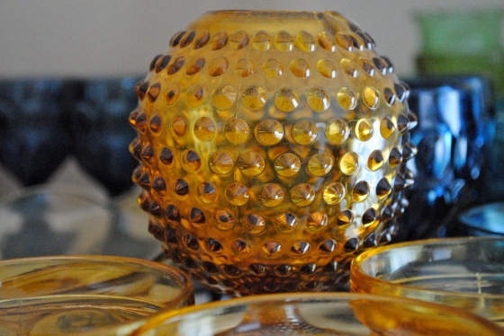 vintage weddings, Orlando, amber glass, hobnail