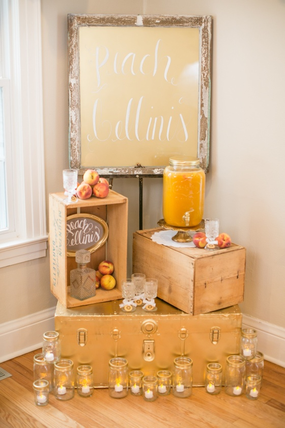 southern vintage wedding, peach bellini bar, gold