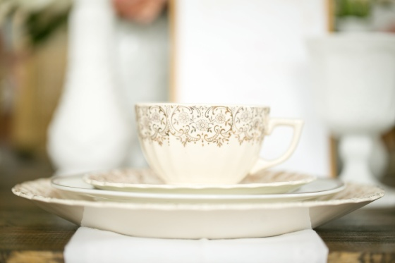 vintage wedding, blush, gold, antique china, teacup
